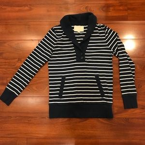 🔶 Banana Republic Striped Sweater
